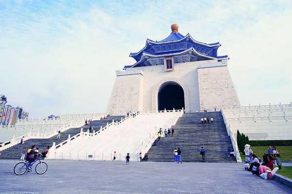 【温泉台湾环岛8日游】感受北投温泉,两晚五花酒店