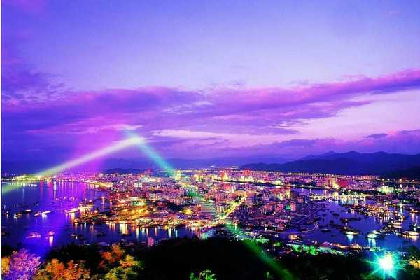 【梦之蓝三亚双飞五日】全程精品近海酒店海景房,保证2晚180度看海