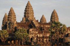 老挝越南柬埔寨哪个国家适合旅游_去老挝旅游花费多少钱