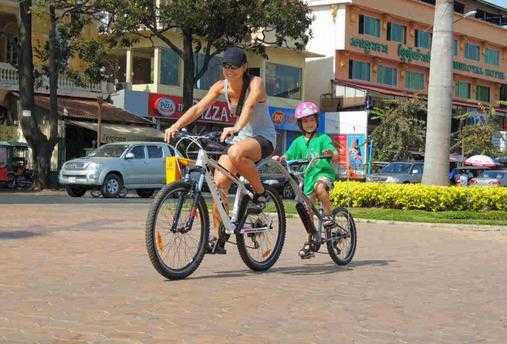骑车游古城
