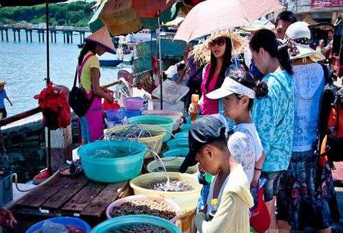 南湾海鲜市场