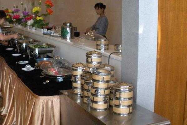 天龙宝严素食馆
