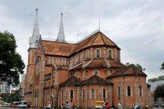 【胡志明市旅游攻略】越南胡志明市百年大教堂