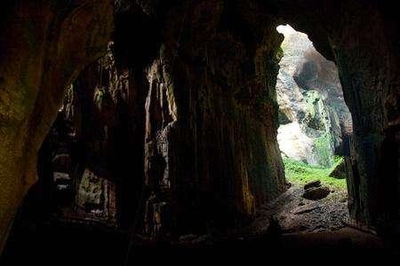 哥曼东洞穴
