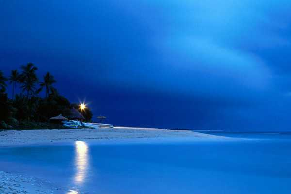 【斐济5晚8天自助游】洲际高尔夫温泉度假村 、香港往返