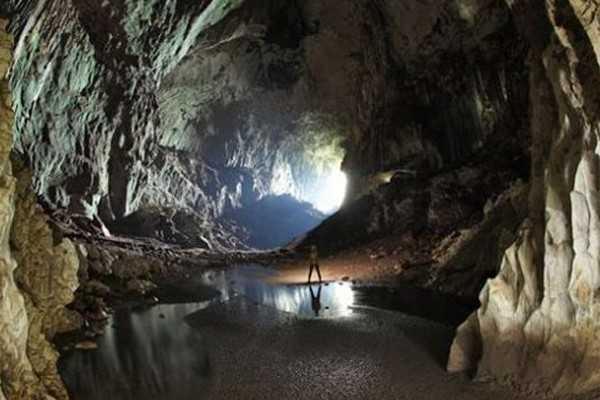 长滩岛蝙蝠洞