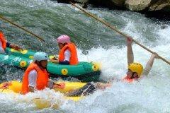 夏季到南江大峡谷旅游注意事项