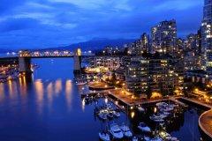 假期去加拿大旅游-加拿大旅游多少钱