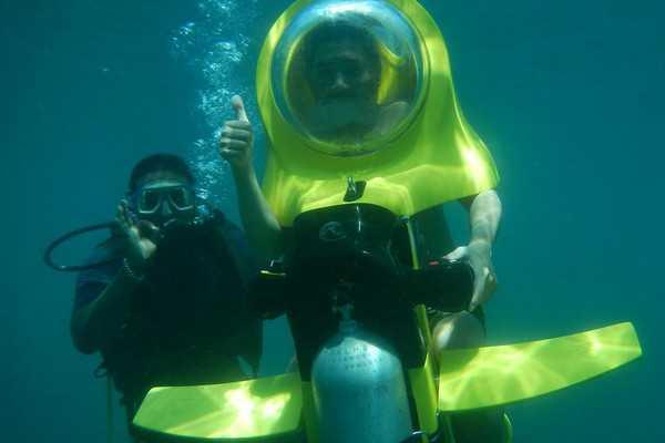 海底摩托车