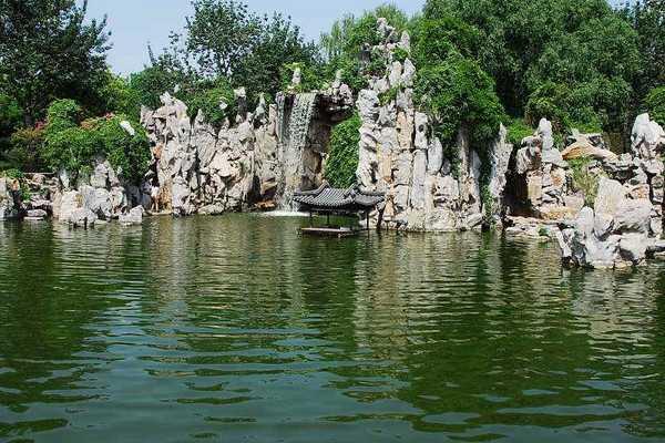 龙潭湖公园