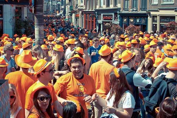 荷兰女王节